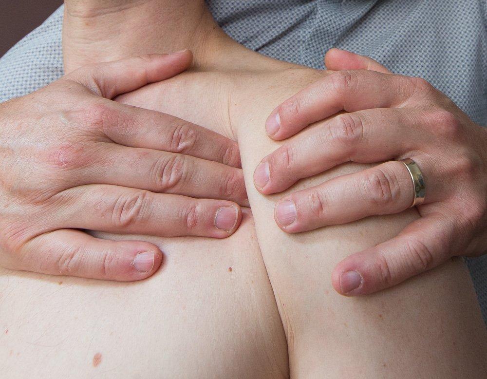 Osteopathie du sport sur epaule